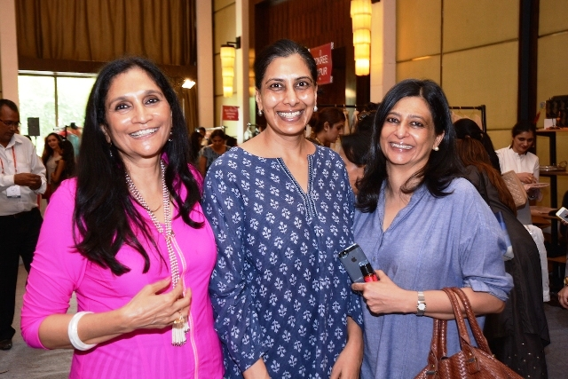 (L to R) Neelima Dalmia Adhar, Sal Tahiliani & a friend