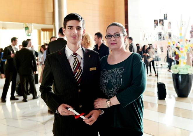 Sue-Karim-Emirates2